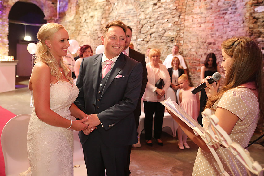 Hochzeit von Denise & Sascha in der alten Schlossfabrik