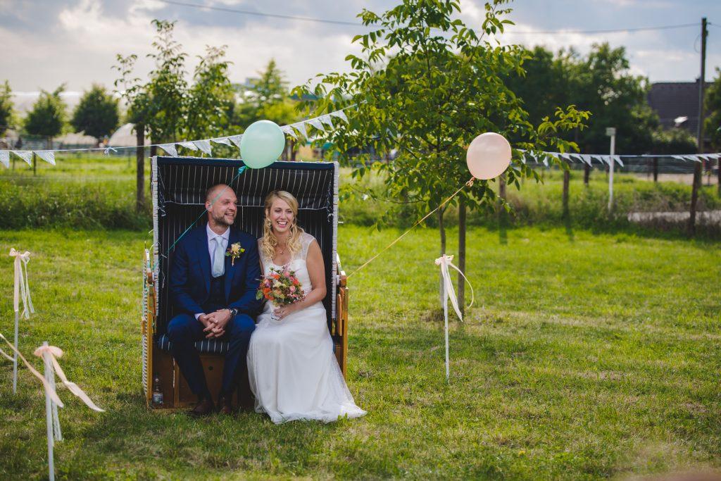 Hochzeit von Verena und Jonas auf dem Feld